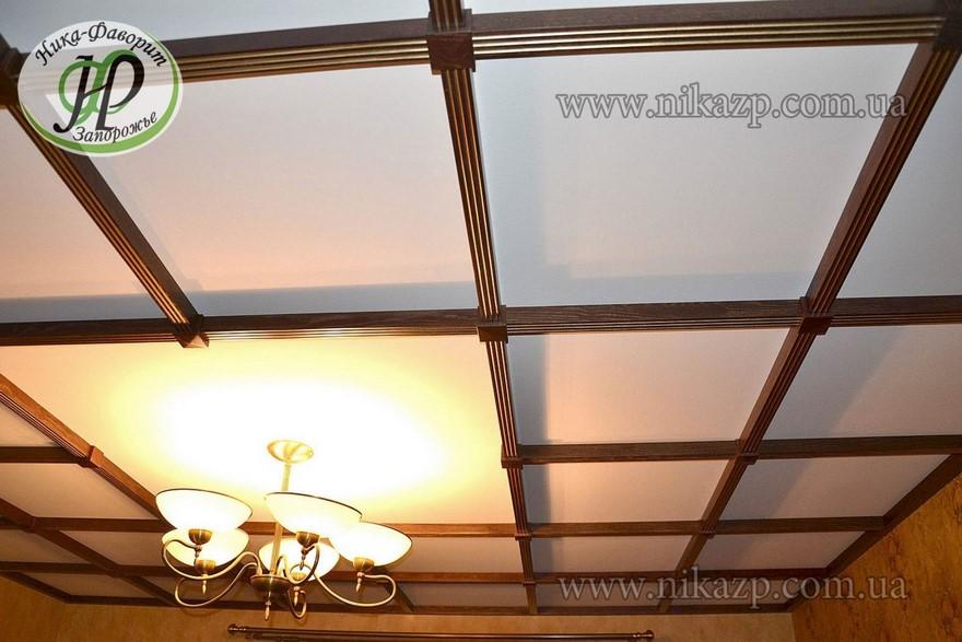 потолок из натурального дерева