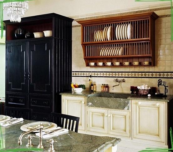 Кухня классика на заказ с большой каменной мойкой и сушкой