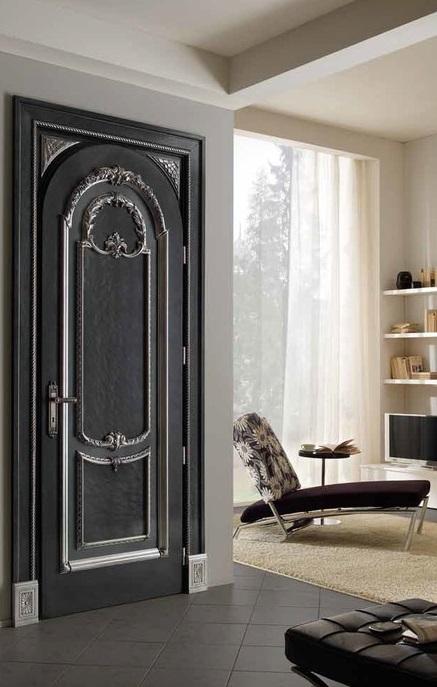 Дверь с декорами в итальянском стиле, итальянская дверь